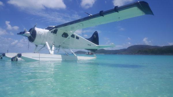 ホワイトヘブンビーチ 水上飛行機